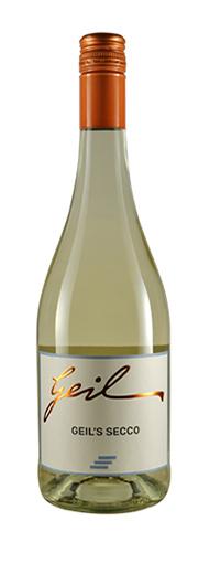Weingut Geil Secco weiß Perlwein mit Kohlensäure und Duft nach Maracuja.